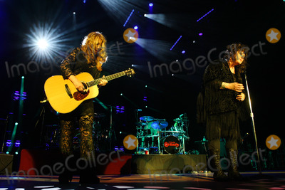 Photo - WEST PALM BEACH FL JUNE 17 The Heartbreaker Tour Heart with Jason Bonhams Led Zeppelin Experience at The Cruzan Amphitheatre on June 17 2013 in West Palm Beach Florida  (Photo by Luum PhotosImageCollectcom)