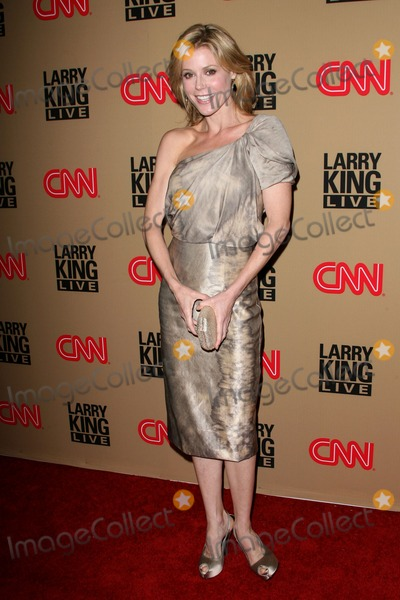 Julie Bowen,Larry King Photo - CNNs Larry King Live Final Broadcast Wrap Party
