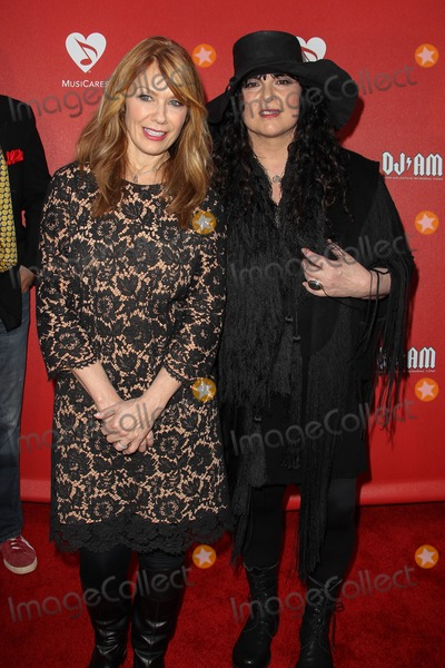 Ann Wilson,Nancy Wilson Photo - MusiCares MAP Fund Benefit - Arrivals