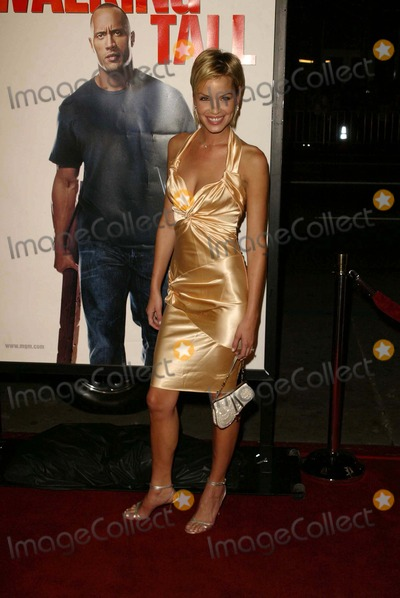 Ashley Scott Walking Tall Dance Pictures From &...