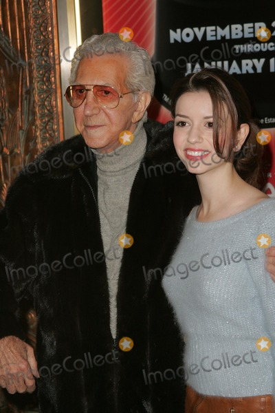 Masiela Lusha,Mr Blackwell,Irving Berlin,Mr. Blackwell Photo - Opening of Irving Berlins White Christmas