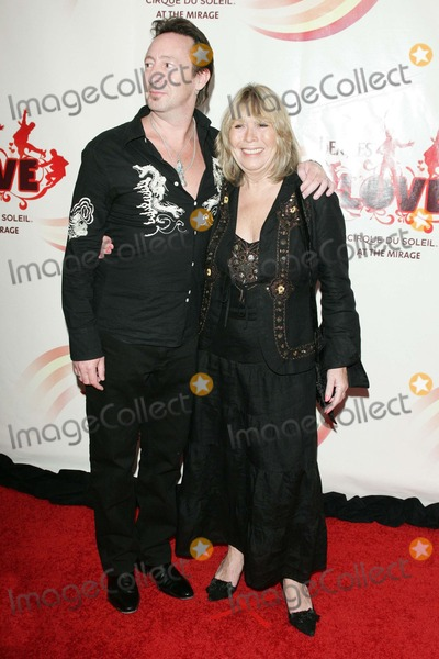 Julian Lennon,Beatles,Cirque du Soleil,Cynthia Lennon,The Beatles Photo - The Beatles LOVE By Cirque Du Soleil Gala Premiere
