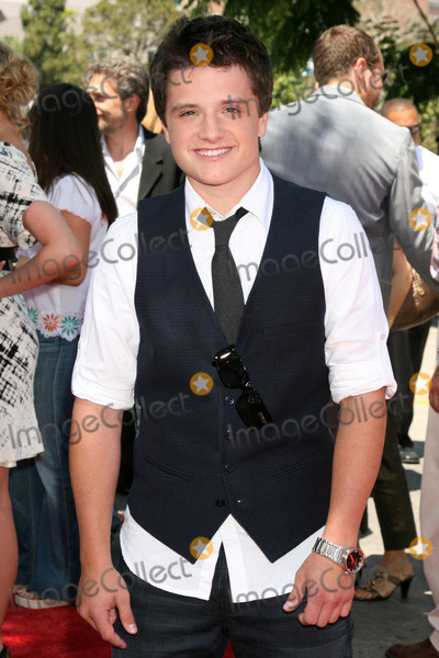 journey to the center of the earth josh hutcherson. Josh Hutcherson Journey to the