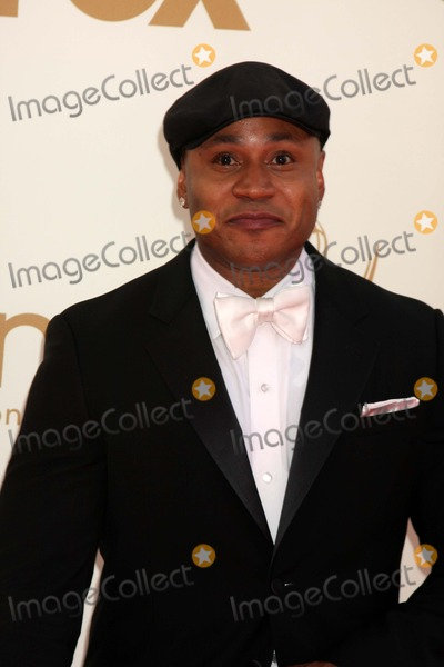 LL Cool J Photo - LOS ANGELES - SEP 18  LL Cool J arriving at the 63rd Primetime Emmy Awards at Nokia Theater on September 18 2011 in Los Angeles CA