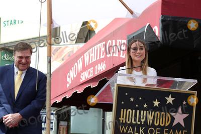 Brie Larson,John Goodman Photo - John Goodman Walk of Fame Star Ceremony