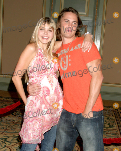 Aimee Teegarden and taylor kitsch
