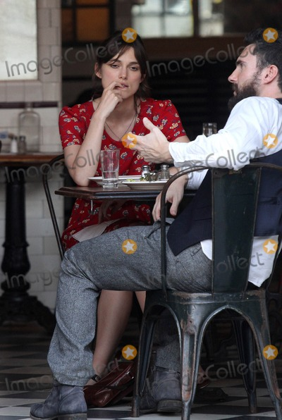 THE SET,Keira Knightley,Adam Levine Photo - Can A Song Save Your Life Set