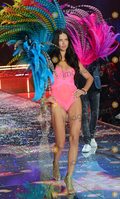Photos From Victoria's Secret Fashion Show in New York City