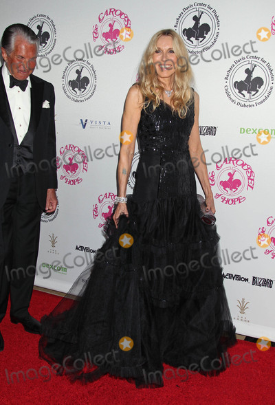 Alana Stewart,George Hamilton Photo - The 2016 Carousel of Hope Ball