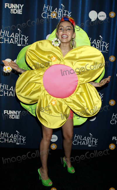 Miley Cyrus Photos - Photo by REWestcomstarmaxinccomSTAR MAX2015ALL RIGHTS RESERVEDTelephoneFax (212) 995-1196101715Miley Cyrus at Hilarity For Charitys 4th Annual Variety Show(Los Angeles CA)