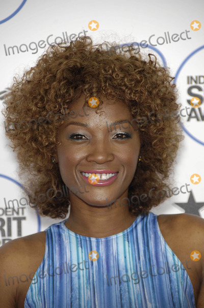 Yolanda Ross Photo - Photo by Michael GermanastarmaxinccomSTAR MAX2015ALL RIGHTS RESERVEDTelephoneFax (212) 995-119622115Yolanda Ross at the 2015 Film Independent Spirit Awards(Santa Monica CA)