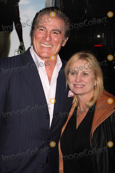 Vince Papale Photo - New York NY 11-17-2009Vince Papale and wife at the premiere of THE BLIND SIDE at the Ziegfeld TheatreDigital photo by Lane Ericcson-PHOTOlinknet