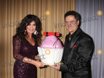 Donnie,Donny Osmond,Marie Osmond,Cake,Donnie Osmond Photo - osmond - Archival Pictures - Adam Nemser - 109408