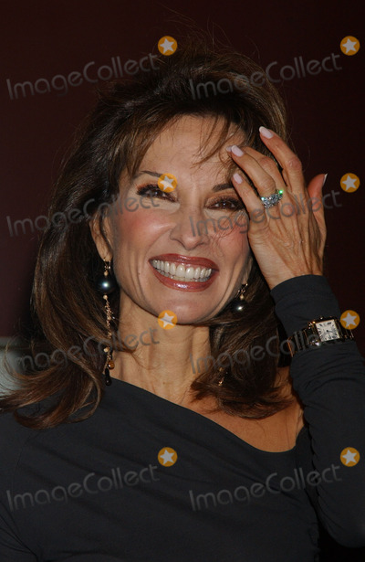 Susan Lucci Photo - GLAMOUR MAGAZINE HONORS THE 2006 WOMEN OF THE YEAR