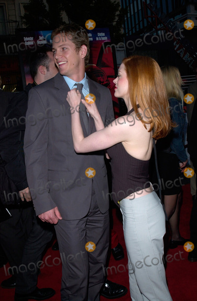 Kip Pardue Photo - Actor KIP PARDUE  actress girlfriend ROSE McGOWAN at the premiere of his new movie Driven at Manns Chinese Theatre Hollywood16APR2001    Paul SmithFeatureflash