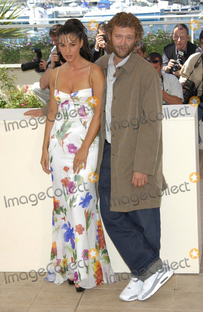 Vincent Cassel Photo - Actress MONICA BELLUCCI  actor VINCENT CASSEL at the Cannes Film Festival to promote their new movie Irreversible24MAY2002   Paul Smith  Featureflash