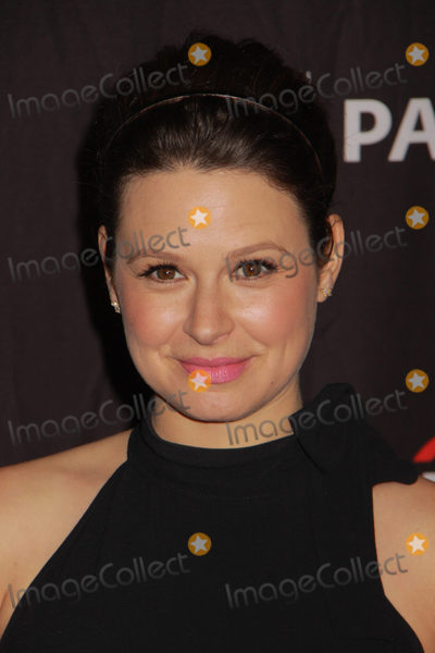 Photo - Katie Lowes 03262017 PaleyFest 2017 Scandal held at the Dolby Theater in Los Angeles CA Photo by Julian Blythe  HollywoodNewsWireco