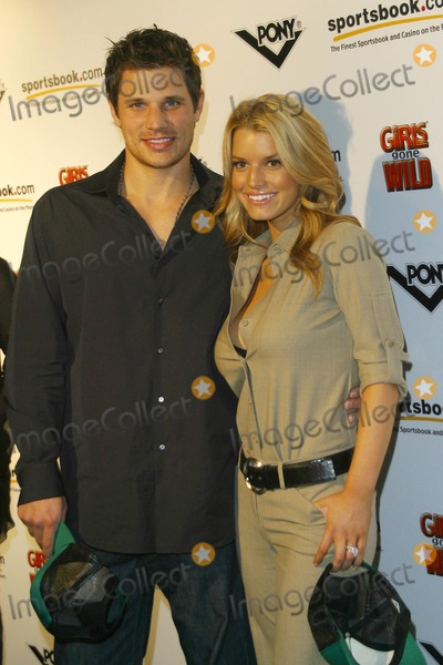 Nick Lachey,Jessica Simpson Photo - Girls Gone Wild