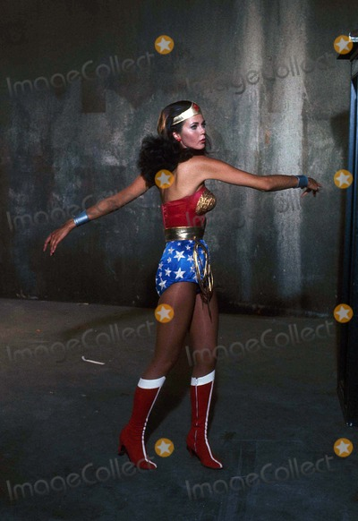 Lynda Carter,Tv-film Still Photos - Lynda Carter 1976 Supplied by Phil Roach-ipol-Globe Photos Inc Tv-film Still