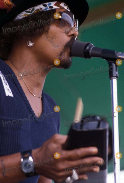 Aaron Neville Photo - Archival Pictures - Globe Photos - 48153