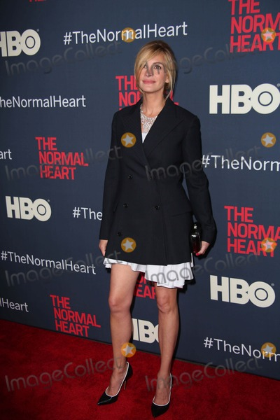 Julia Roberts Photos - The New York Premiere of Hbo Films the Normal Heart the Ziegfeld Theater NYC May 12 2014 Photos by Sonia Moskowitz Globe Photos Inc 2014 Julia Roberts