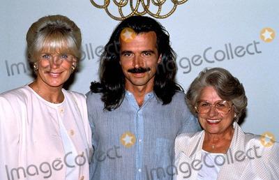 Linda Evans and yanni