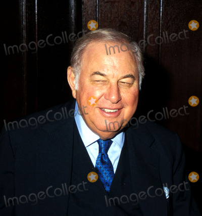 Alfred Taubman Photo -  Sd05121997 Premiere of Night Fall on Manhattan Alfred Taubaum Supplied by Globe Photosinc