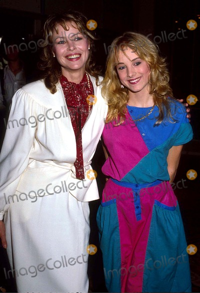 Chynna Phillips,Michele Phillips,Michelle Phillips Photo - Archival Pictures - Globe Photos - 47744