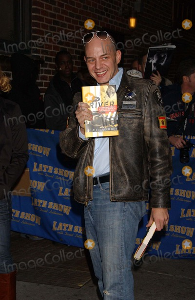 Alexander Roy Photo - Late Show Stage Door Ed Sullivan Theater 01-08-2008 Photo by Ken Babolcsay-ipol-Globe Photos Inc 2008 Alexander Roy
