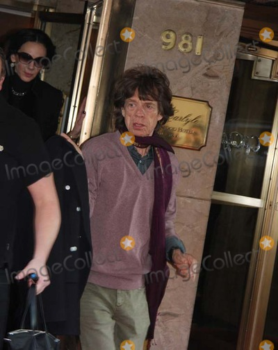 Ron Wood Photo - Mick Jaggerkieth Richardsron Wood Leaving There Hotel For There Concert in New Jersey on Thursday December 14th 2012 Photo by William Regan- Globe Photos Inc 2012mick Jaggerkieth Richardsron Wood Leaving There Hotel For There Concert in New Jersey on Thursday December 14th 2012 Photo by William Regan- Globe Photos Inc 2012 Photos by William Regan-Globe Photos Inc