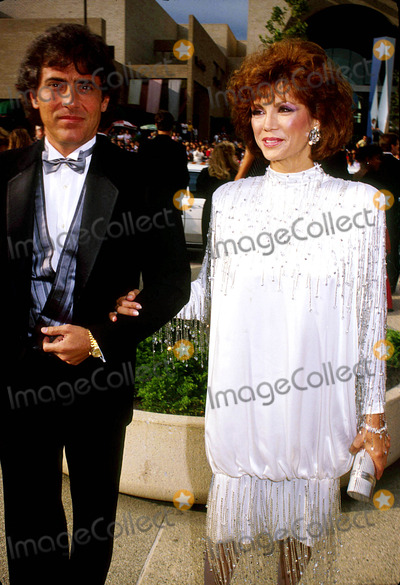 Victoria Principal,Harry Glassman Photo - Archival Pictures - Globe Photos - 47523