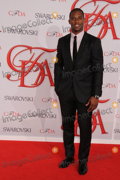 Victor Cruz Photo - The 2012 Cfda Awards-nyc