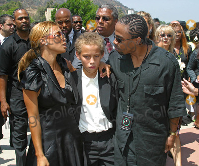 Rick James,Rick James Jr,Ty James,Tazman James Photo - Rick James Memorial Service