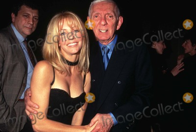 Heather Locklear Photo - Fox Television Party Perinos Restaurant Los Angeles Aaron Spelling and Heather Locklear Photo by Tammie Arroyo-ipol-Globe Photos Inc