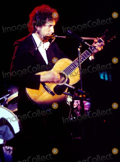 Bob Dylan Photo - Archival Pictures - Globe Photos - 75144