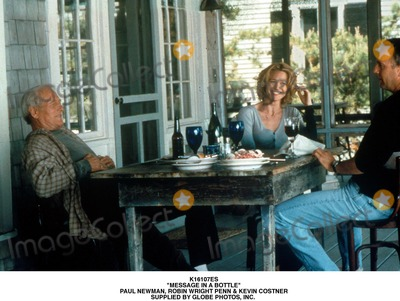 Paul Newman Photo - Message in a Bottle Paul Newman Robin Wright Penn  Kevin Costner Supplied by Globe Photos Inc