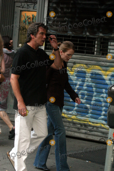 Julianne Moore,THE SET,Pierce Brosnan Photo - Archival Pictures - Globe Photos - 75866