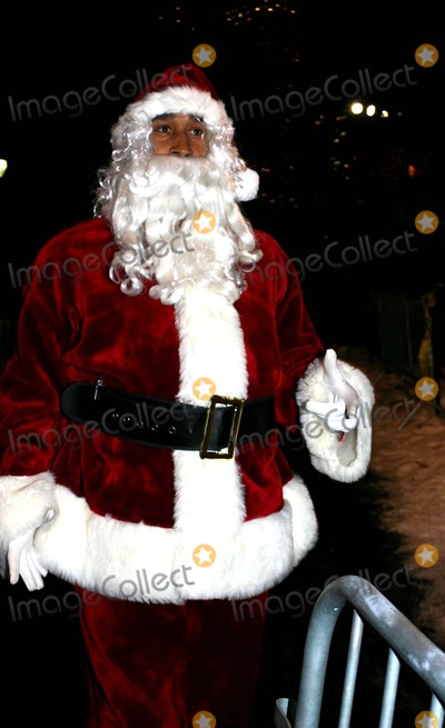 Derek Jeter,SANTA CLAUSE Photo - Archival Pictures - Globe Photos - 26545