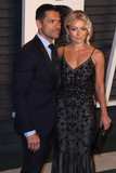 Kelly Ripa Photo - 28 February 2016 - Beverly Hills California - Kelly Ripa Mark Consuelos 2016 Vanity Fair Oscar Party hosted by Graydon Carter following the 88th Academy Awards held at the Wallis Annenberg Center for the Performing Arts Photo Credit AdMedia