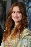 Alice Englert Photo 3