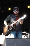 Tyler Farr Photo 3