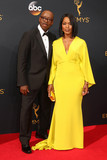 Angela Bassett Photo - Courtney B Vance Angela Bassettat the 68th Annual Primetime Emmy Awards Arrivals Microsoft Theater Los Angeles CA 09-18-16