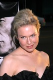 Renee Zellweger Photo 3