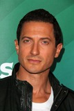 Sasha Roiz Photo 3