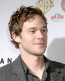 Aaron Ashmore Photo 3