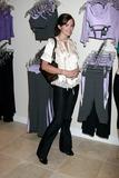 Alexis Thorpe Photo 3