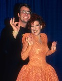 Bette Midler Photo - Dan Akroyd Bette MIdler8410JPG1984 FILE PHOTONew York NYDan Akroyd Bette MIdlerPhoto by Adam Scull-PHOTOlinknetONE TIME REPRODUCTION RIGHTS ONLY917-554-8588 - eMail ADAMcopyrightPHOTOLINKNET