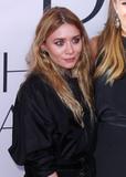 Ashley Olsen Photo - Photo by XPXstarmaxinccomSTAR MAXCopyright 2016ALL RIGHTS RESERVEDTelephoneFax (212) 995-11966616Ashley Olsen at the 2016 CFDA Fashion Awards(NYC)