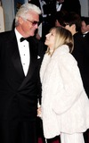 James Brolin Photo - Galaxystarmaxinccom 200412504Barbara Streisand and James Brolin at the Golden Globe Awards(CA)