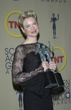 Renee Zellweger Photo - RENEE ZELLWEGER at the 9th Annual SCREEN ACTORS GUILD AWARDS in Los AngelesMarch 9 2003 Paul Smith  Featureflash